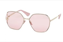 【RM】BTS「BUTTER(バター)」 MVファッションピンクのサングラス