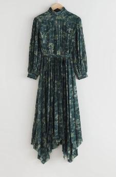 【結婚作詞 離婚作曲2・第2話】パク・チュミ(サ・ピヨン)衣装(ワンピース)のブランド♪グリーンの花柄ワンピース