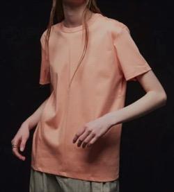 【海街チャチャチャ】シン・ミナ(ユン・ヘジン役)衣装ピンクの半袖Tシャツ