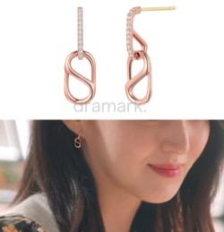 【わかっていても】 ハン・ソヒ(ユ・ナビ)さん衣装ピンクゴールドのピアス
